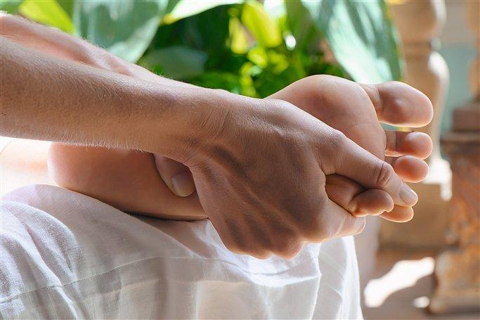 dedos de los pies masajes damaris
