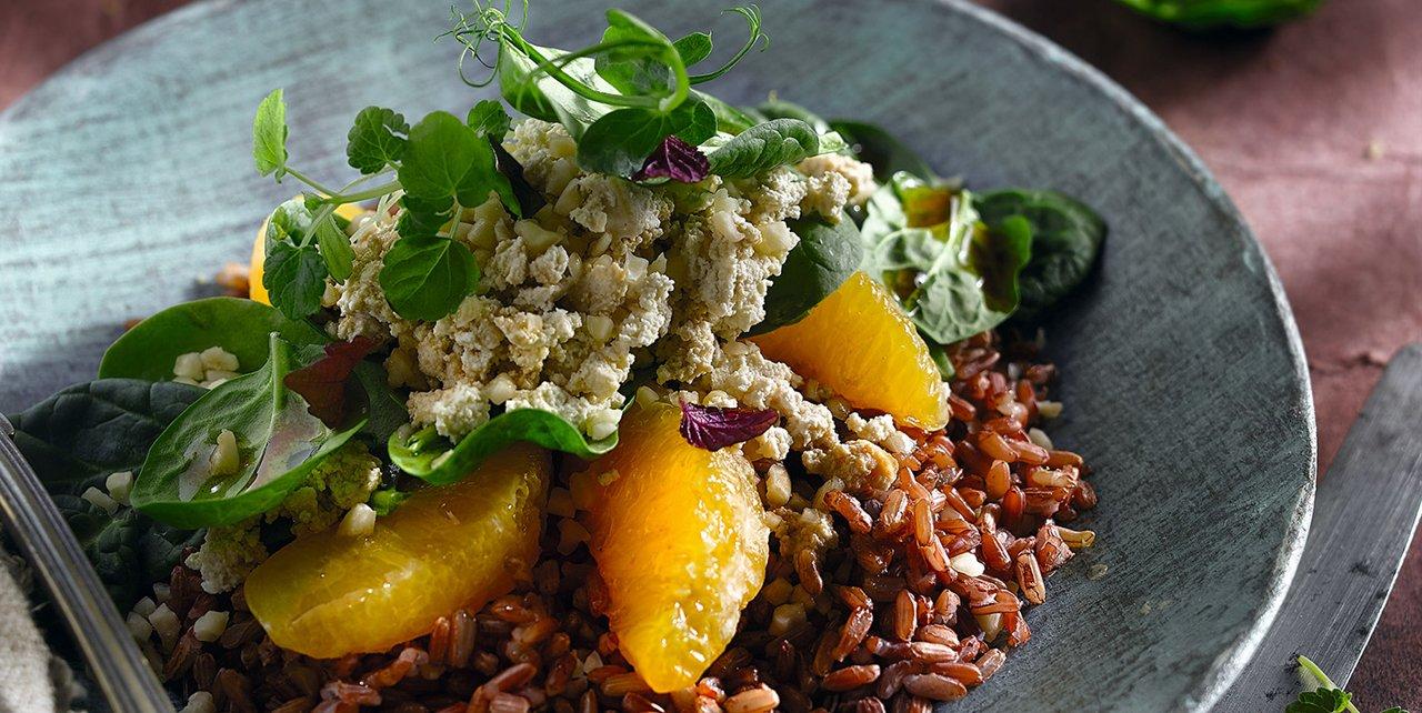 Ensalada de arroz rojo con espinacas y naranjas - Ensalada de arroz light ...