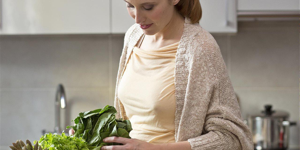 c17bbd8d4 7 nutrientes esenciales para comer limpio durante el embarazo
