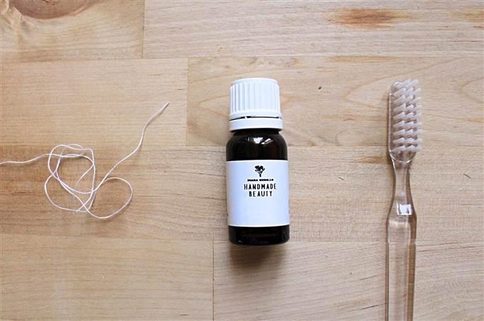 Cómo preparar una pasta de dientes casera (5 ingredientes) 6d8ef8423112