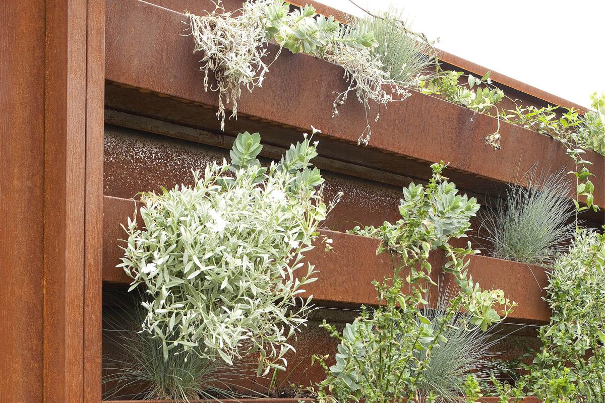 Jardines verticales 5 ideas frescas en muy poco espacio - Jardin verticale ...