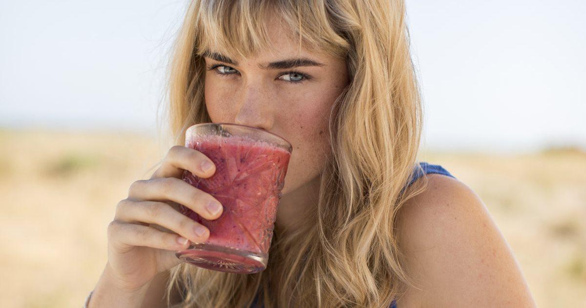 Tu dosis diaria de crudos: 6 zumos que curan