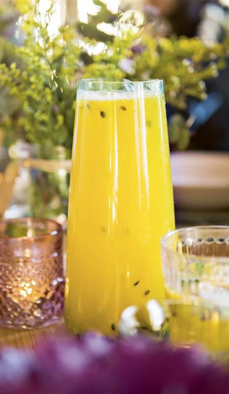 nueva nuevo estilo de vida fuerte embalaje Agua de maracuyá, naranja y menta