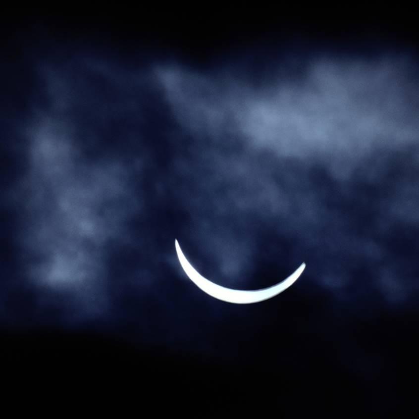 cea mare o lună subțire)
