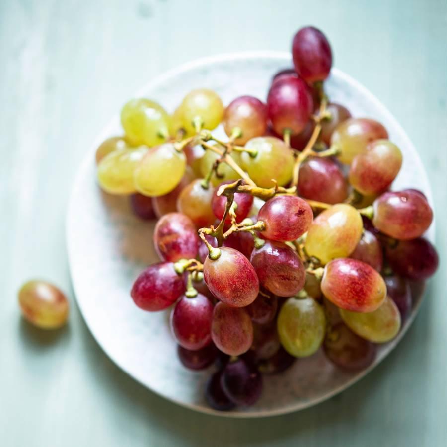 Comer uvas pasas de noche engorda