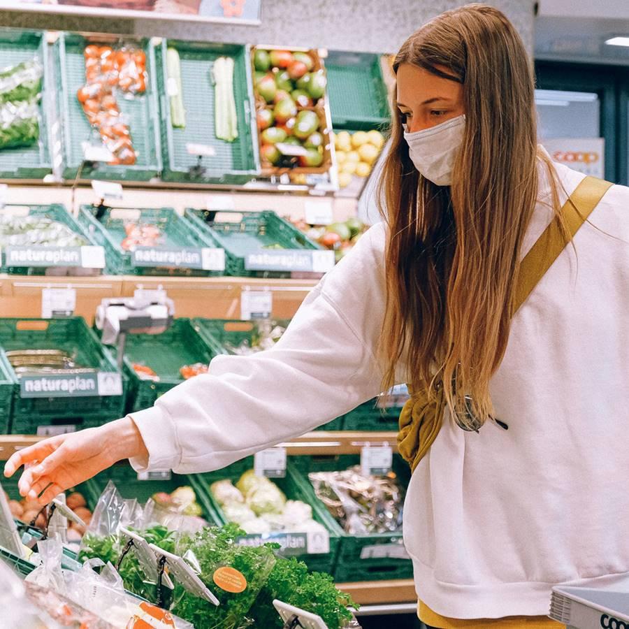 ¿Te puedes contagiar haciendo la compra?