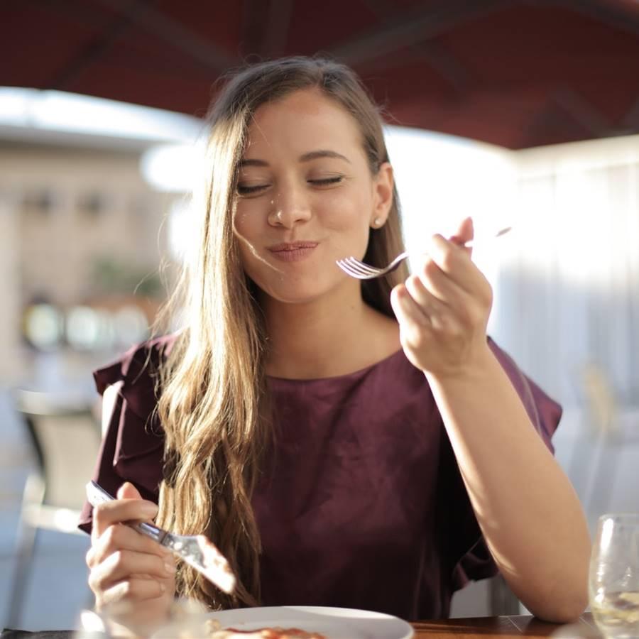 7 pasos para comer con menos ansiedad