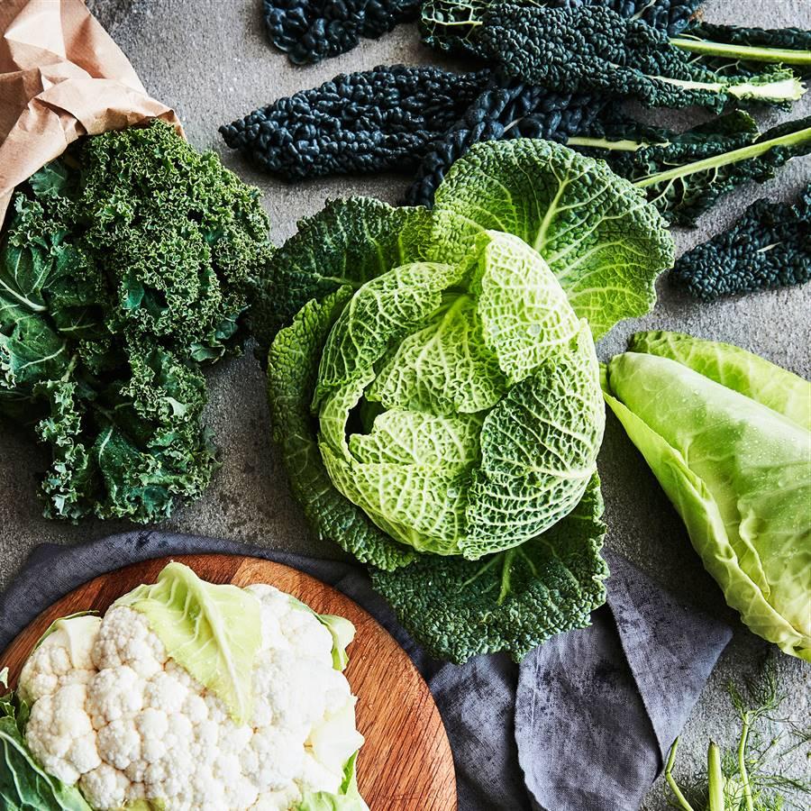 ¿Ensalada con coles crudas? 5 recetas deliciosas