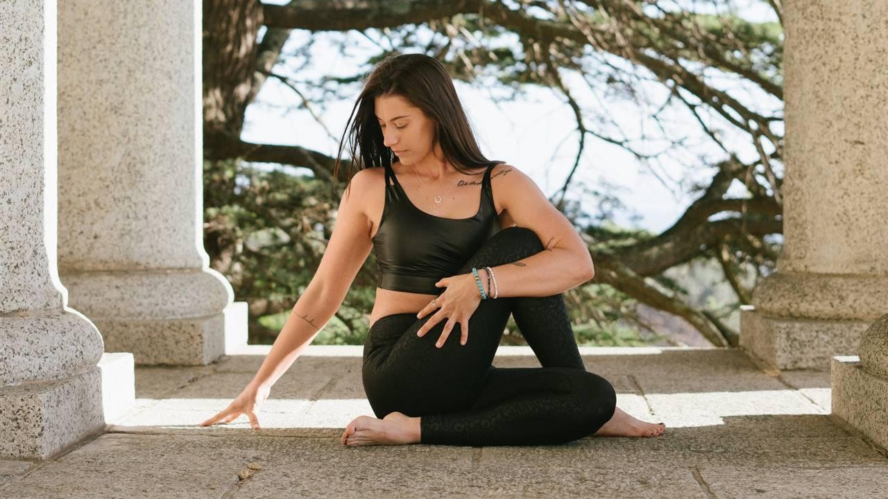 6 posturas de yoga para evitar el estreñimiento