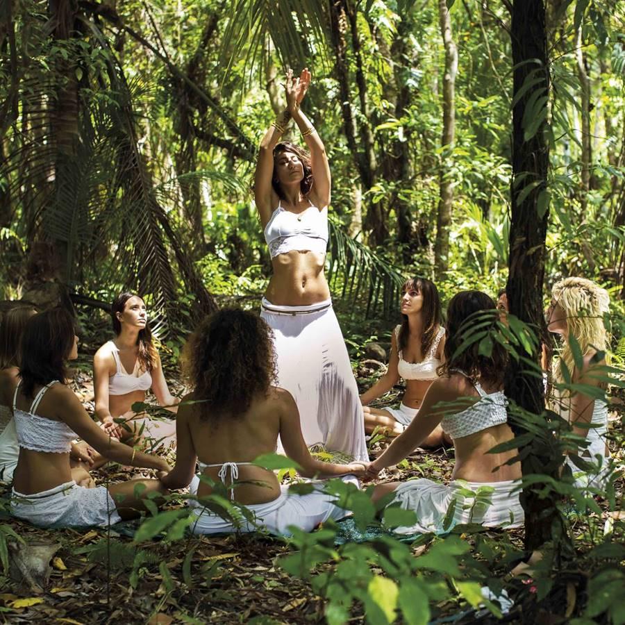 Qué es la biodanza y cómo bailar para recuperar la alegría de vivir
