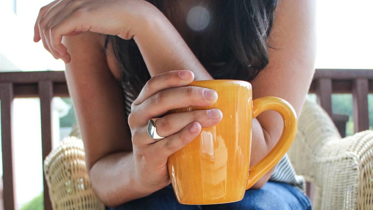 7 bebidas para empezar bien el día (sin cafeína)