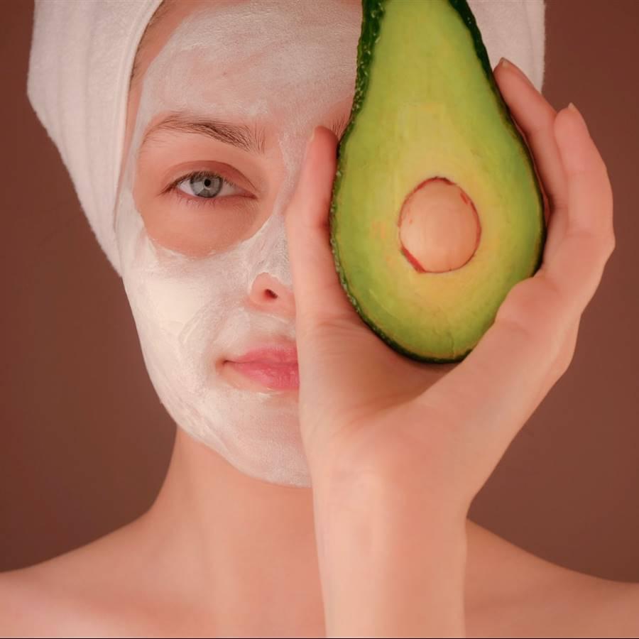 Cuidado sencillo y natural de la piel grasa y con imperfecciones