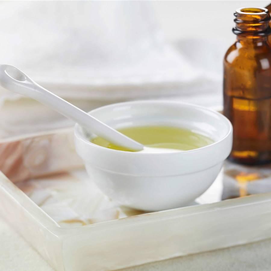 21 usos que no conocías del aceite de árbol de té en casa
